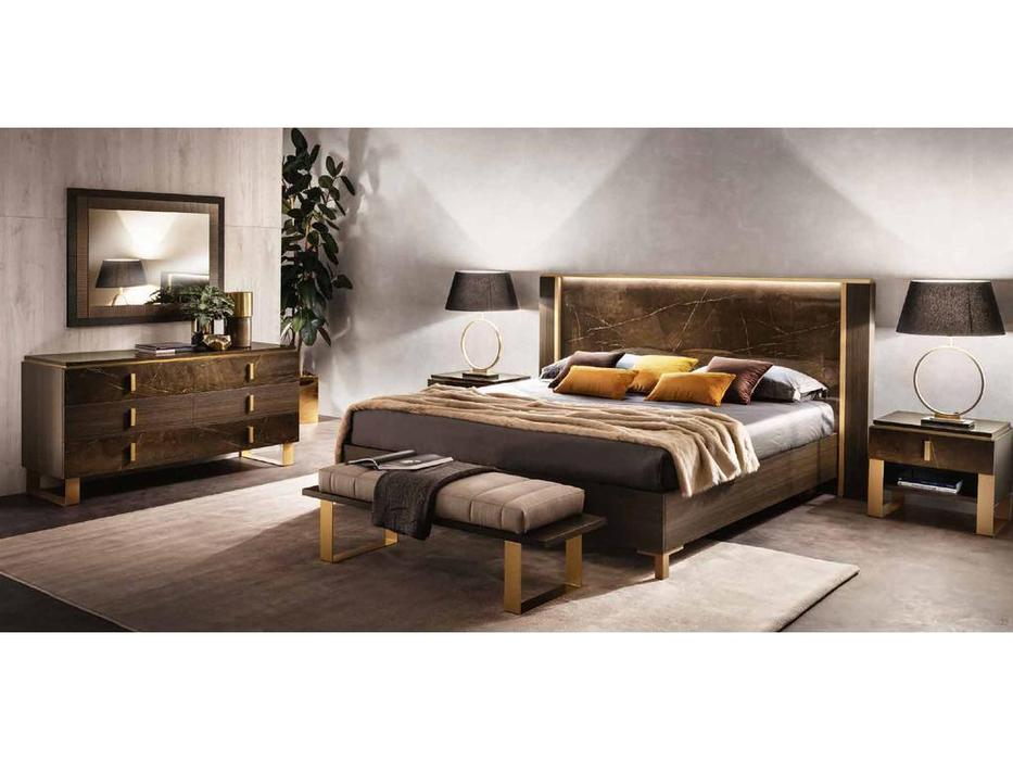Arredo Classic кровать двуспальная 200х200 (венге, коричневый, золото) Essenza