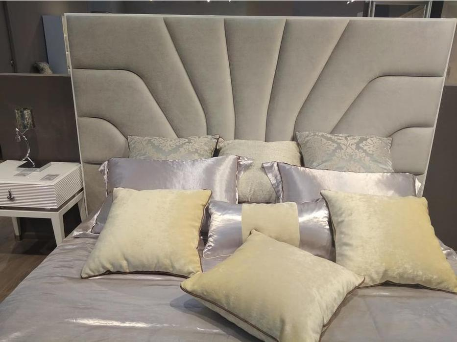 Fratelli Barri кровать 180х200 ткань NUANCE-92A (белый блестящий лак) Rimini