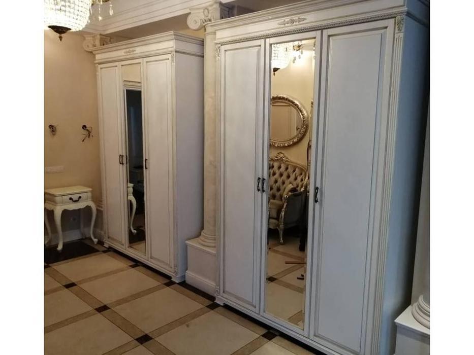 Arco шкаф 3 дверный  (белый, патина) Decor
